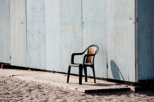 Chair by beachの写真素材 [FYI03556110]