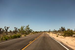 National Trails Highway, Amboy, California, USAの写真素材 [FYI03558817]