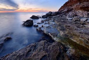 Kazachia Bay near Sevastopol at dusk, Crimea, Ukraineの写真素材 [FYI03560100]