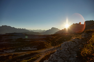 Scenic mountain landscape at sunset, Dolomites, Sexten, South Tyrol, Italyの写真素材 [FYI03560116]