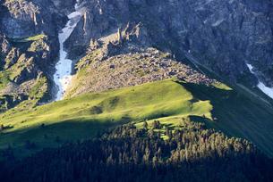 Rural landscape on mountainside, Caucasus, Svaneti, Georgiaの写真素材 [FYI03560450]