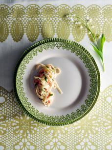 Half portion of pastaの写真素材 [FYI03560927]