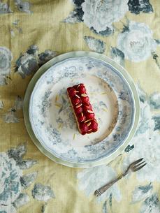 Strawberry pastry dessertの写真素材 [FYI03560948]