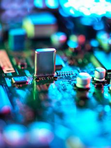 Close up of hi-tech electronic circuit boardの写真素材 [FYI03565136]