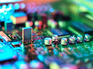 Close up of hi-tech electronic circuit boardの写真素材 [FYI03566171]