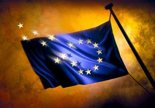 Brexit, stars leaving European flag against golden backgroundの写真素材 [FYI03566956]