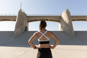 Female athlete, Van Nuys, California, USAの写真素材 [FYI03572279]