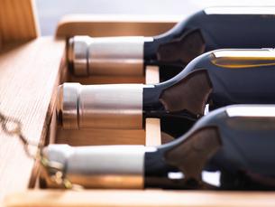 Wine Investment, case of vintage fine winesの写真素材 [FYI03575353]