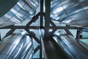 Tanks and pipes in oil blending plant, Antwerp, Belgium, Europeの写真素材 [FYI03576912]