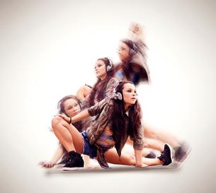 Dancer in various posesの写真素材 [FYI03578380]