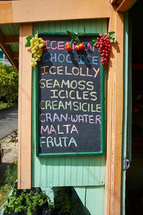 Grocery shop with chalked sign, Saint Lucia, Caribbeanの写真素材 [FYI03579905]