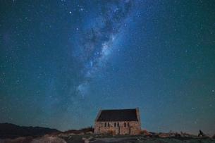 Church of Good Shepherd, Lake Tekapo, New Zealandの写真素材 [FYI03580981]