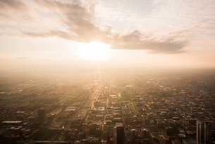 Sunset view over Chicago from the Skydeck, Chicago, Illinois, USAの写真素材 [FYI03582085]