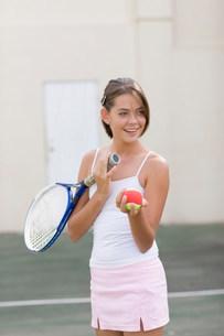 Girl playing tennisの写真素材 [FYI03583284]