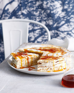 Gran marnier layer cake made with crepes and mascarponeの写真素材 [FYI03586468]