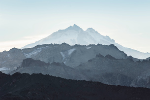 View of Tronador Mountain and rugged landscape, Andes, Nahuel Huapi National Park, Rio Negro, Argentの写真素材 [FYI03590194]