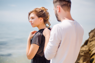 Couple on beach, Odessa, Ukraineの写真素材 [FYI03592253]