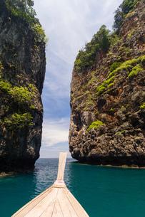 Phi Phi Don Island, Thailandの写真素材 [FYI03592870]