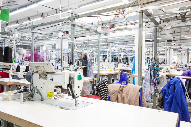 Fabric sewing factory, Cape Town, South Africaの写真素材 [FYI03594096]