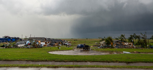 Buildings, trees and vehicles damaged after tornado, Elk City, Oklahoma, USAの写真素材 [FYI03594303]