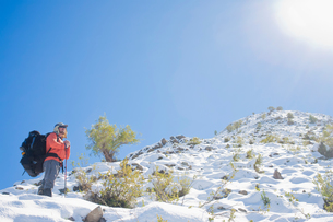Man hiking in Los Andes mountain range, Santiago, Chileの写真素材 [FYI03597471]