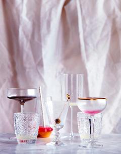Empty drinking glassesの写真素材 [FYI03597845]