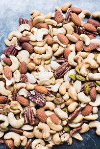 Mixed nuts, close-upの写真素材 [FYI03598018]