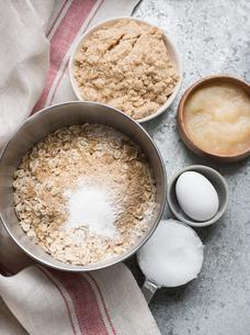 Ingredients for bakingの写真素材 [FYI03602437]