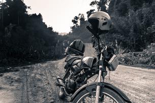 Road trip between Vietnam and Laosの写真素材 [FYI03607288]