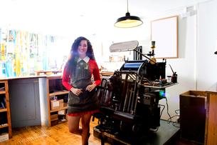 Proud owner of printing shopの写真素材 [FYI03610464]