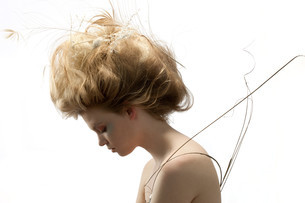 Portrait of young woman with unusual hairstyleの写真素材 [FYI03613813]