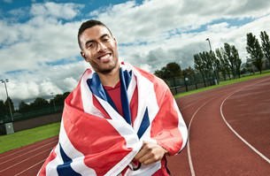 Sprinter wrapped in Union flag on sportstrackの写真素材 [FYI03614245]