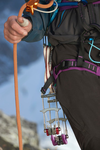 Safety harness worn by mountaineerの写真素材 [FYI03615943]