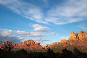 Scenic landscapes at sunset, Sedona, Arizona, USAの写真素材 [FYI03622387]