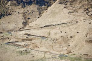 Switchback roads, Hof, Skagafjardarsysla, Icelandの写真素材 [FYI03624530]