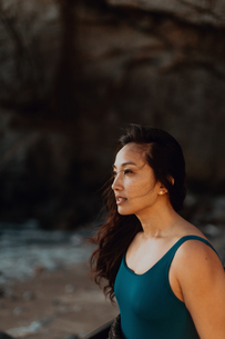 Woman enjoying breeze on beach, Big Sur, California, United Statesの写真素材 [FYI03626441]