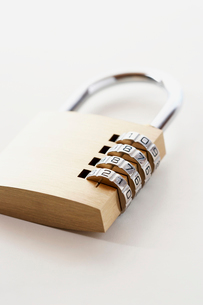 Combination padlockの写真素材 [FYI03629250]