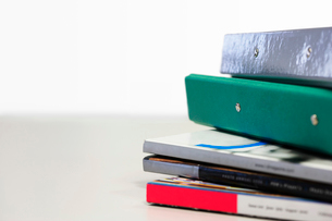 Stack of Magazines and Binders  close upの写真素材 [FYI03630091]