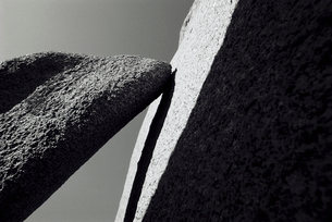 Stones  close up  black and whiteの写真素材 [FYI03630518]