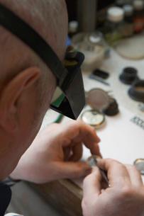 Watch Repairman at Workの写真素材 [FYI03633833]