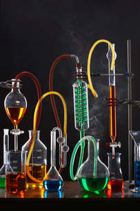 Science equipment including test tubes and flasksの写真素材 [FYI03634259]