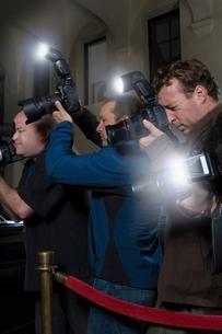 Photographers at media eventの写真素材 [FYI03635055]