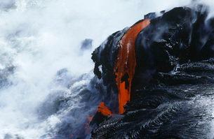 USA  Hawaii  Big Island  Volcanos National Park  cooling lの写真素材 [FYI03635754]