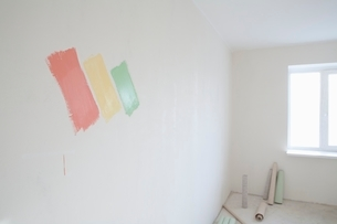 Paint samples on wall of new apartmentの写真素材 [FYI03635917]