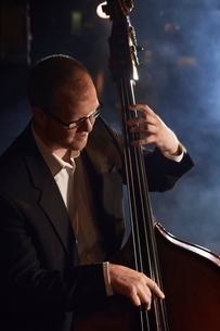 Double Bass Playerの写真素材 [FYI03636794]