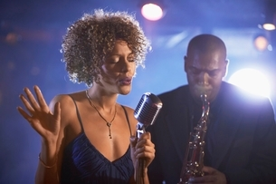 Jazz Singer and Saxophonist Performingの写真素材 [FYI03636805]