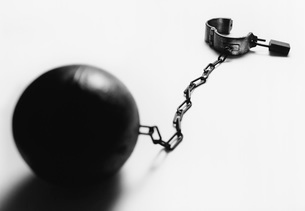 Ball and chainの写真素材 [FYI03638324]