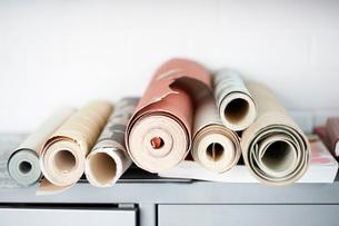 Rolls of Wallpaperの写真素材 [FYI03638403]