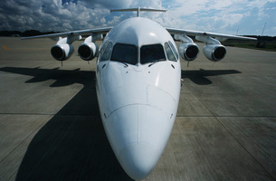 Elevated front wide angle view Bae-146 jet aircraftの写真素材 [FYI03638982]
