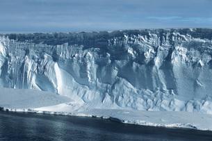 Antarctica Weddell Sea icebergの写真素材 [FYI03639336]